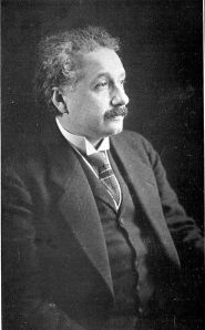 371px-Albert_Einstein_photo_1921